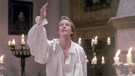 hamlet and rosencrantz and guildenstern essay Rosencrantz and guildenstern are dead: a postmodern analysis  particularly when other hamlet characters are on   in rosencrantz and guildenstern are dead,.